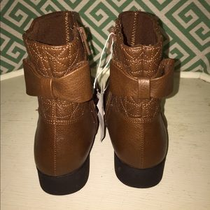 Disney Liv and Maddie Girls size 1.5 Boots